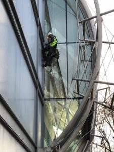 difficult access glass replacement by abseil