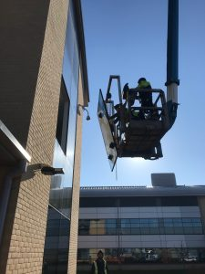 high level glass replacement via mechanical access