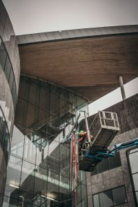 diffiult access glass replacement in action